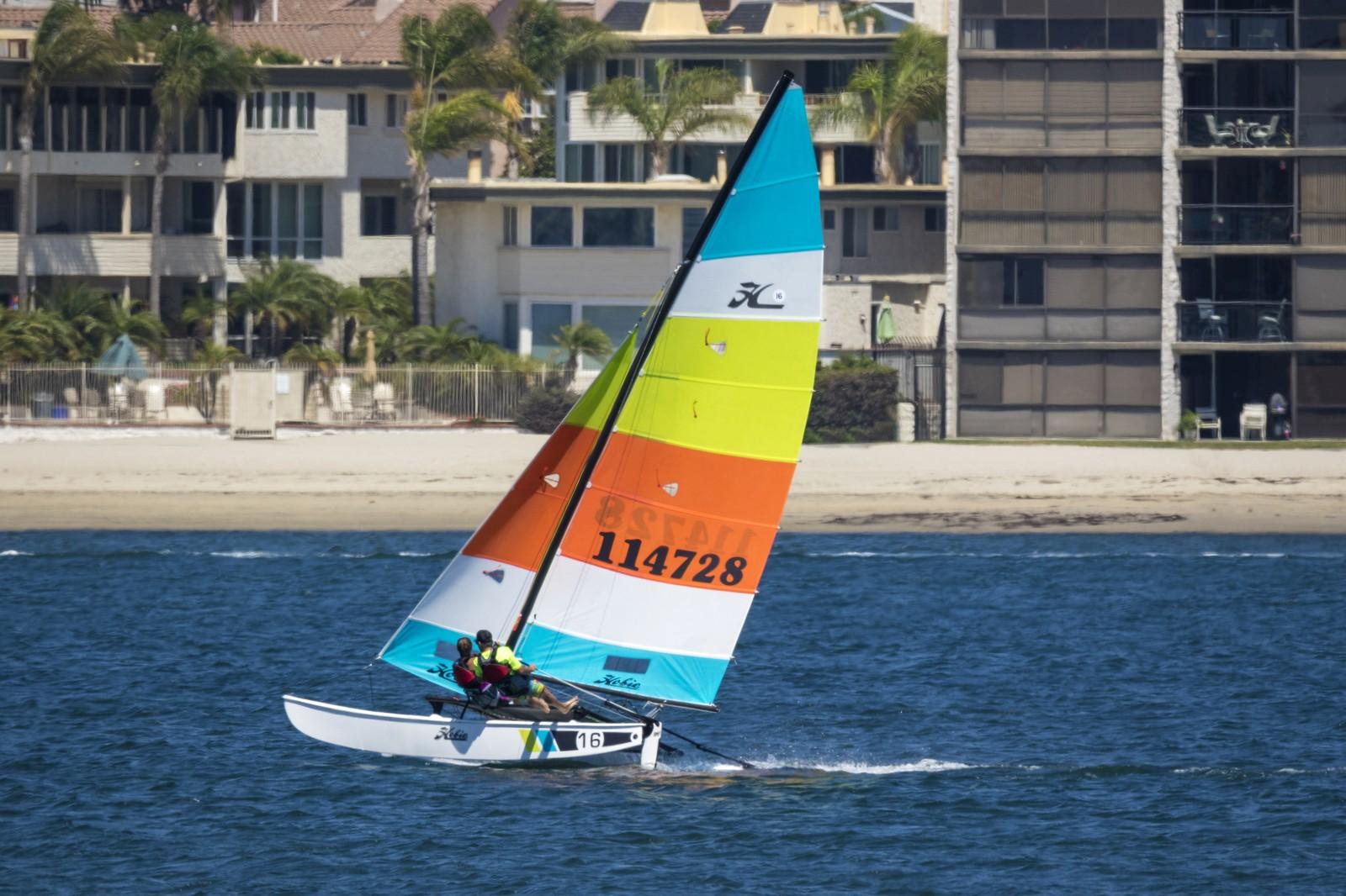 Hobie 16 Catamaran | Fiberglass Sailboats | Hobie