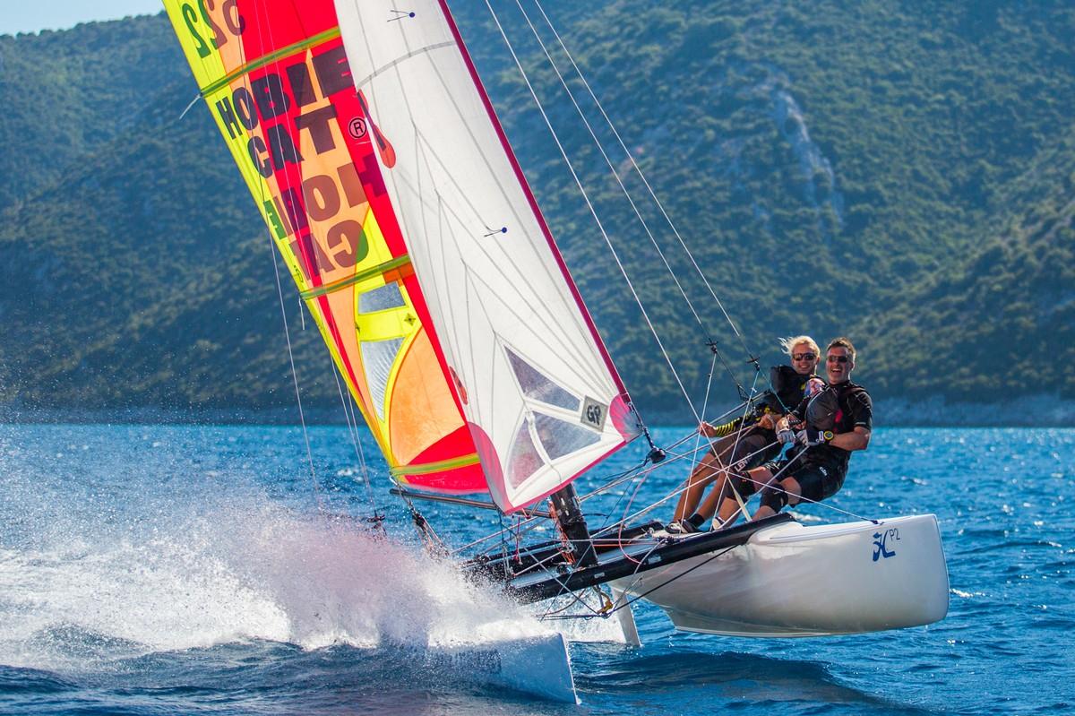 Hobie Pacific flying Vassiliki cross shore