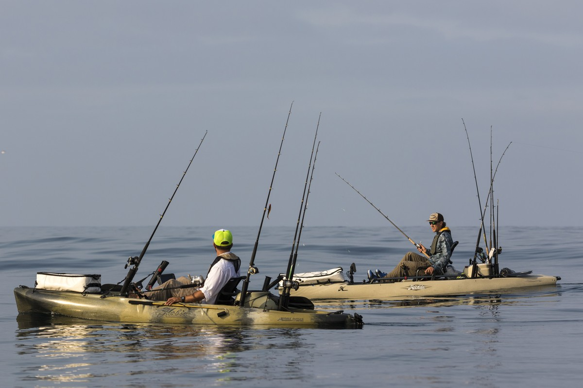 How to choose a fishing kayak hobie for Fishing from a canoe