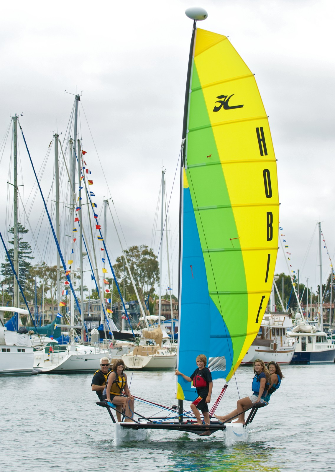 Getaway Catamaran | Rotomolded Sailboats | Hobie