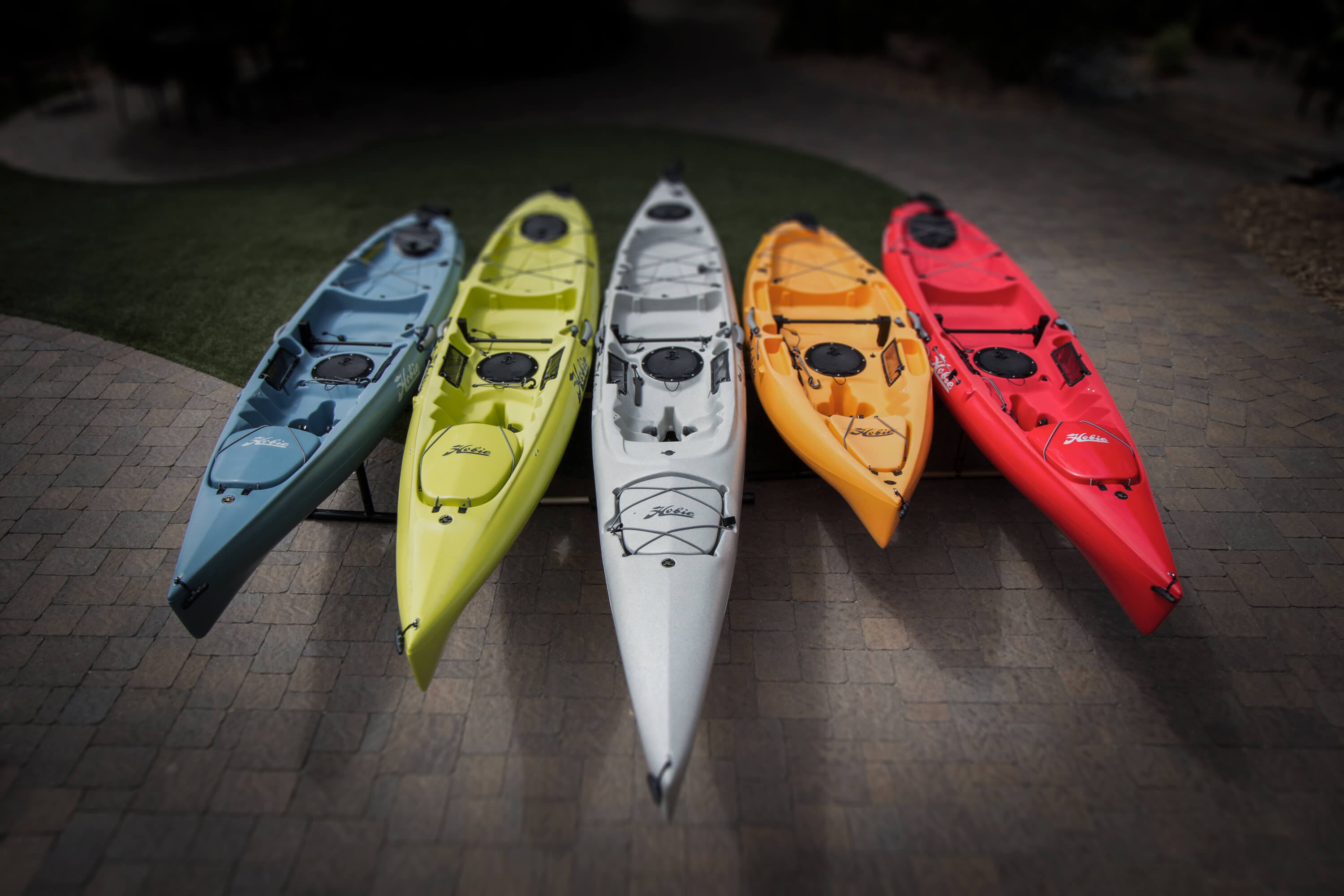 2018 Kayak Colors Page Header